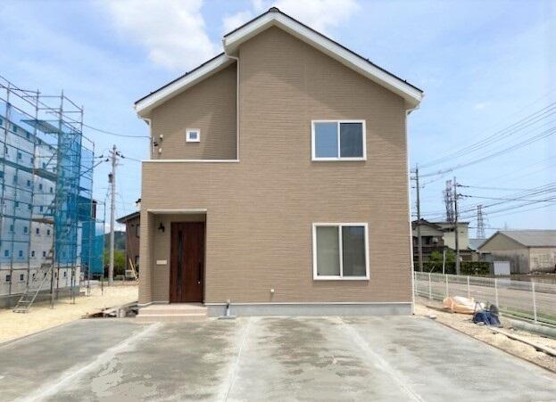 南砺坂本モデルハウス